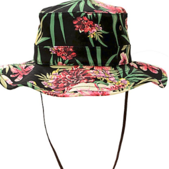 21cbeb4ccf7 Obey Boonts Floral Fisherman Hat. M 5b26d3601b329421b648e404